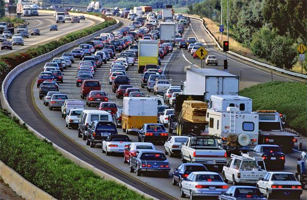 gps мониторинг, спутниковый мониторинг, контроль автопарка, много машин, трафик на дороге, пробка, gps контроль, контроль автопарка